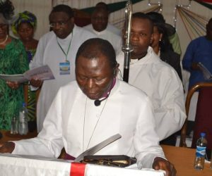 Archbishop Egbunu reading his Bishop's Charge